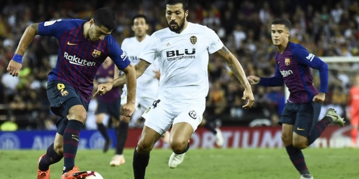 El Barça tropieza en Mestalla ycede el liderato al Sevilla