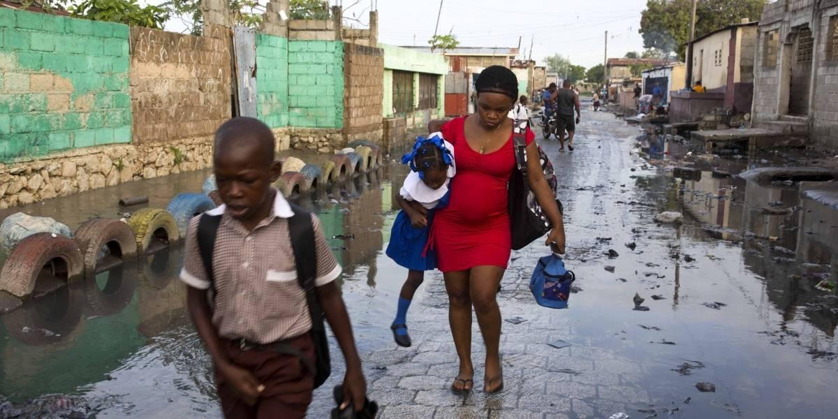 Equipos médicos llegan a zonas afectadas por terremoto de 5.9 en Haití