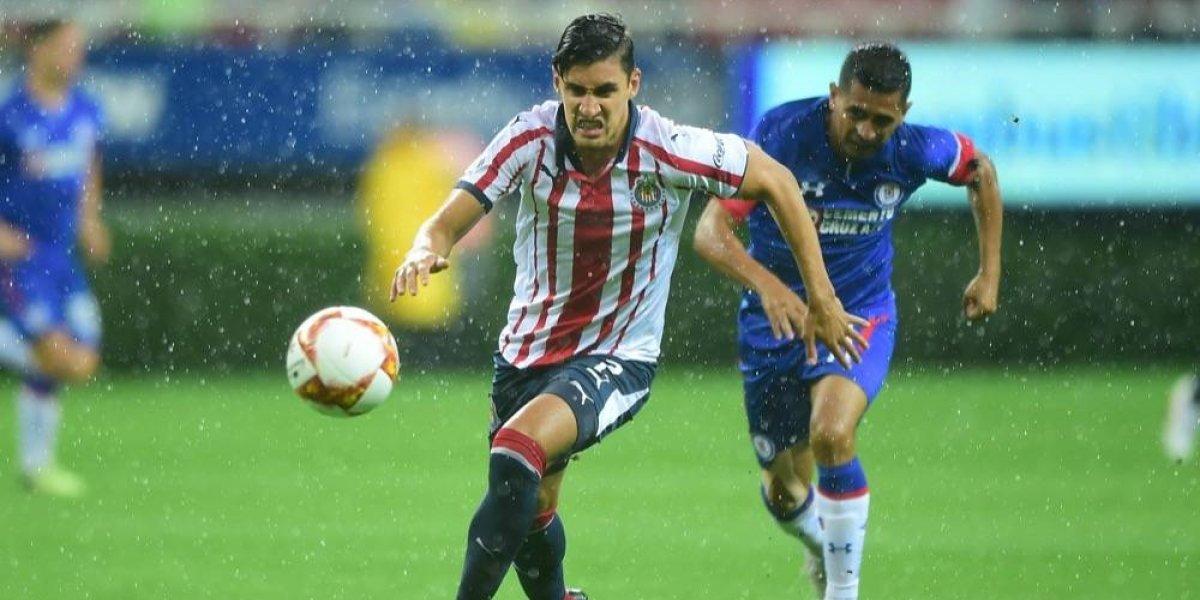 Llamado a Selección pudo afectar a Van Rankin, lateral de Chivas