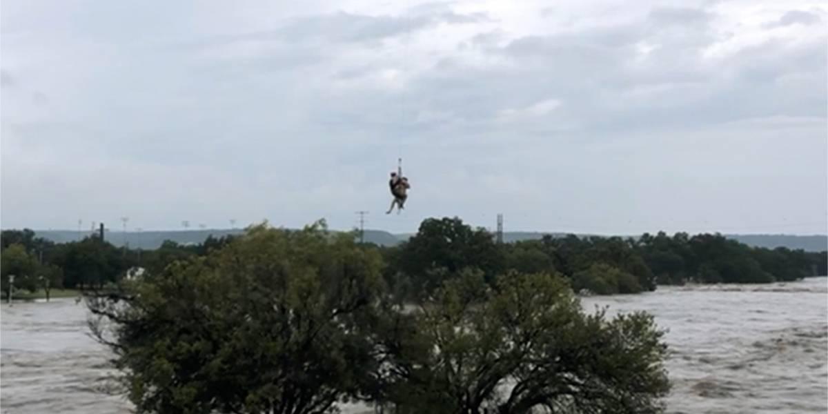 Reportan cuatro personas desaparecidas en Texas tras inundaciones