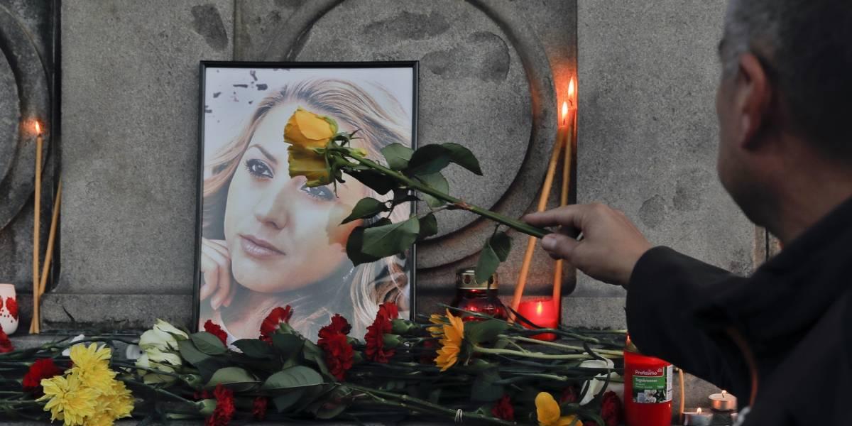 Investigan violación y asesinato de reportera en Bulgaria