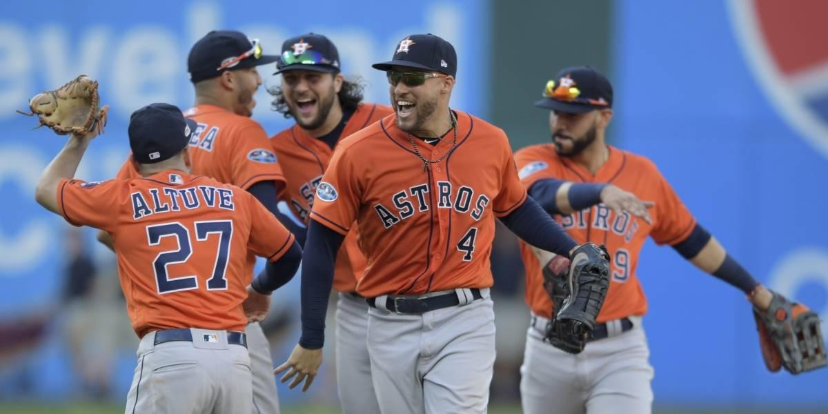 Los Astros aplastan a los Indios y avanzan