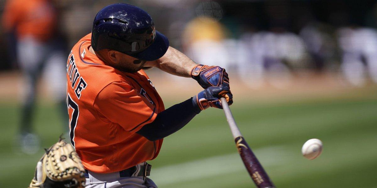Astros apalean 11-3 a Indios y barren la serie divisional