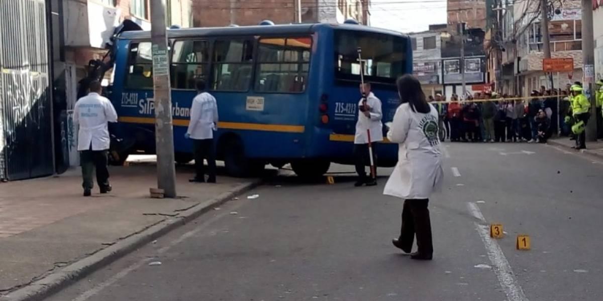 ¡Atención! Bus del Sitp se quedó sin frenos y mató a un motociclista