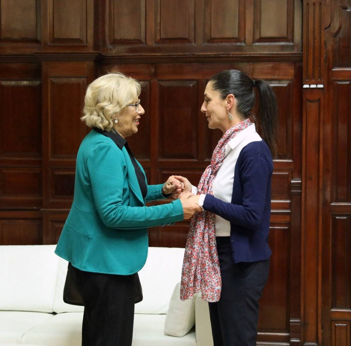 La Jefa de Gobierno electa arribó el fin de semana a España. Cortesía.