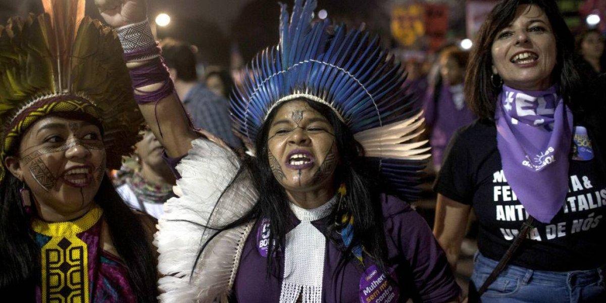 No, no se trata de una película: indígenas recibieron con flechazos a quienes querían instalar urnas en su aldea