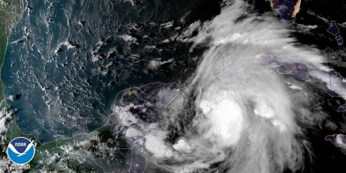 Suman 13 muertos en Centroamérica por Michael; tocaría Florida como categoría 3