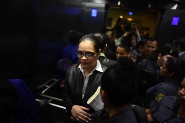 Exvicepresidenta guatemalteca condenada a 15 años de cárcel
