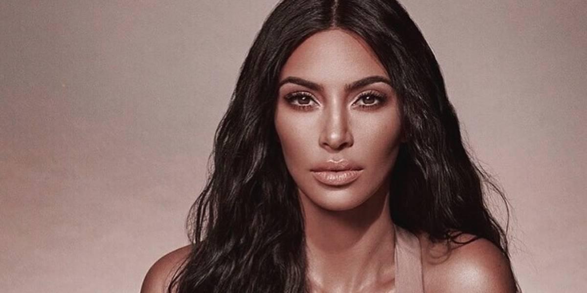Kim Kardashian usa la prenda más diminuta de Chanel y causa revuelo