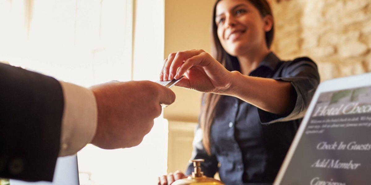 Anuncian feria de empleo con 500 plazas en la industria hotelera