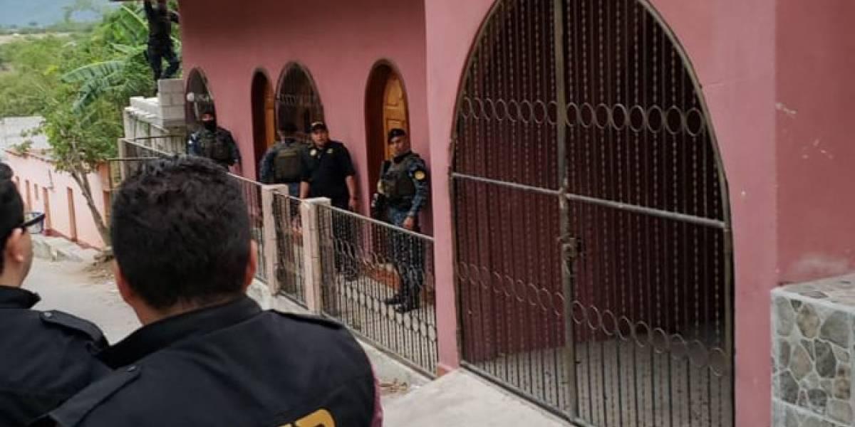 Autoridades llevan a cabo 11 allanamientos en Alta Verapaz por caso de corrupción