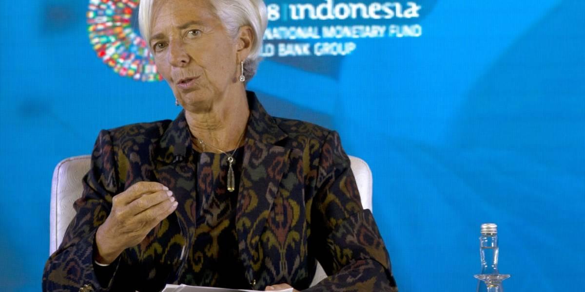 Blanco y negro en la cordillera: El FMI aumentó las proyecciones para Chile y puso en números rojos a Argentina por dos años