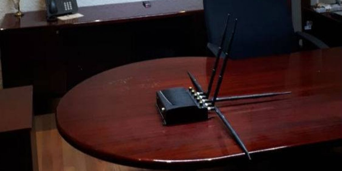 Gobierno de Cuauhtémoc Blanco denuncia espionaje en oficinas