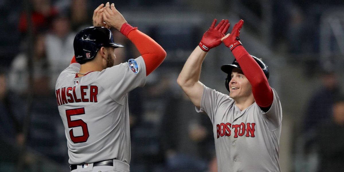 Red Sox humilla a Yankees y lidera Serie