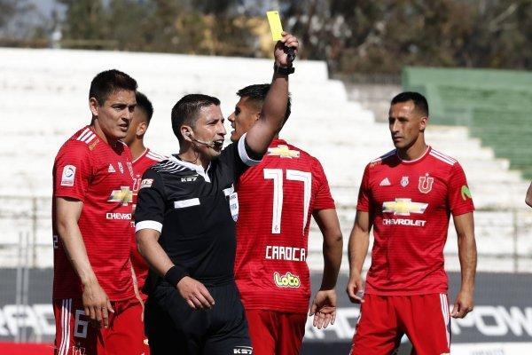 Los azules no quedaron nada de contentos con el árbitro / imagen: Photosport