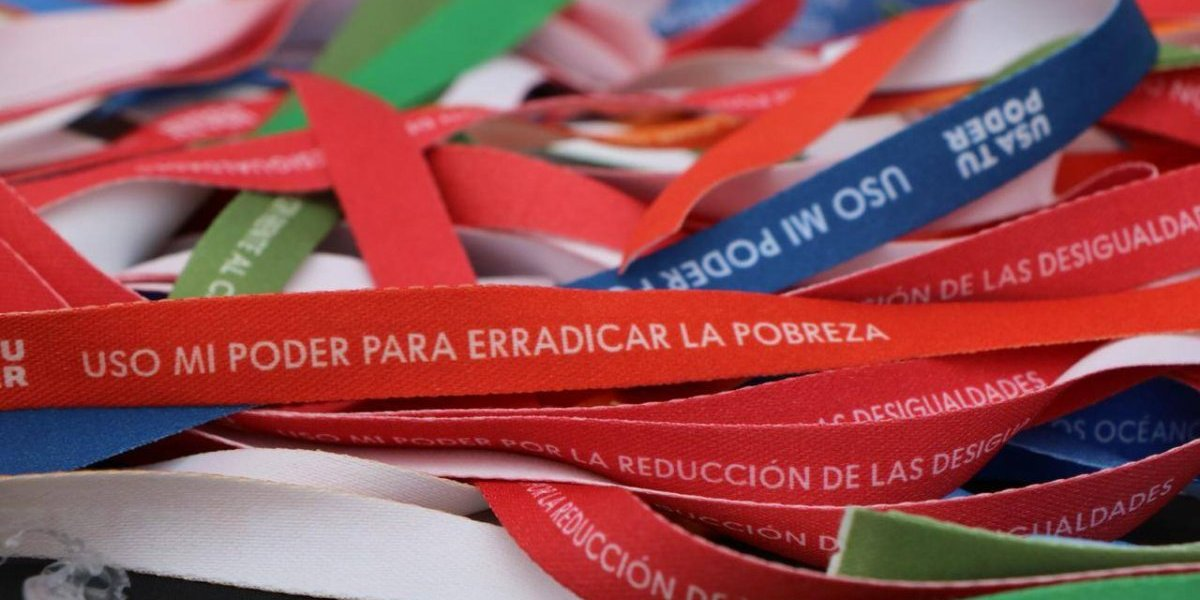 Campaña llama a crear mensajes inspiradores para intervenir Santiago