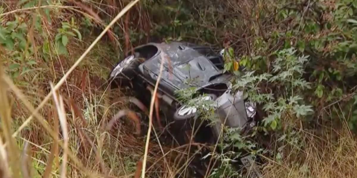 Menor fue encontrado en una carretera luego de que sus padres y su hermano murieran en un accidente