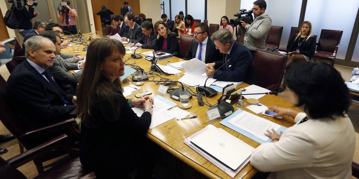 Discusión del proyecto Aula Segura seguirá el martes en la comisión de educación