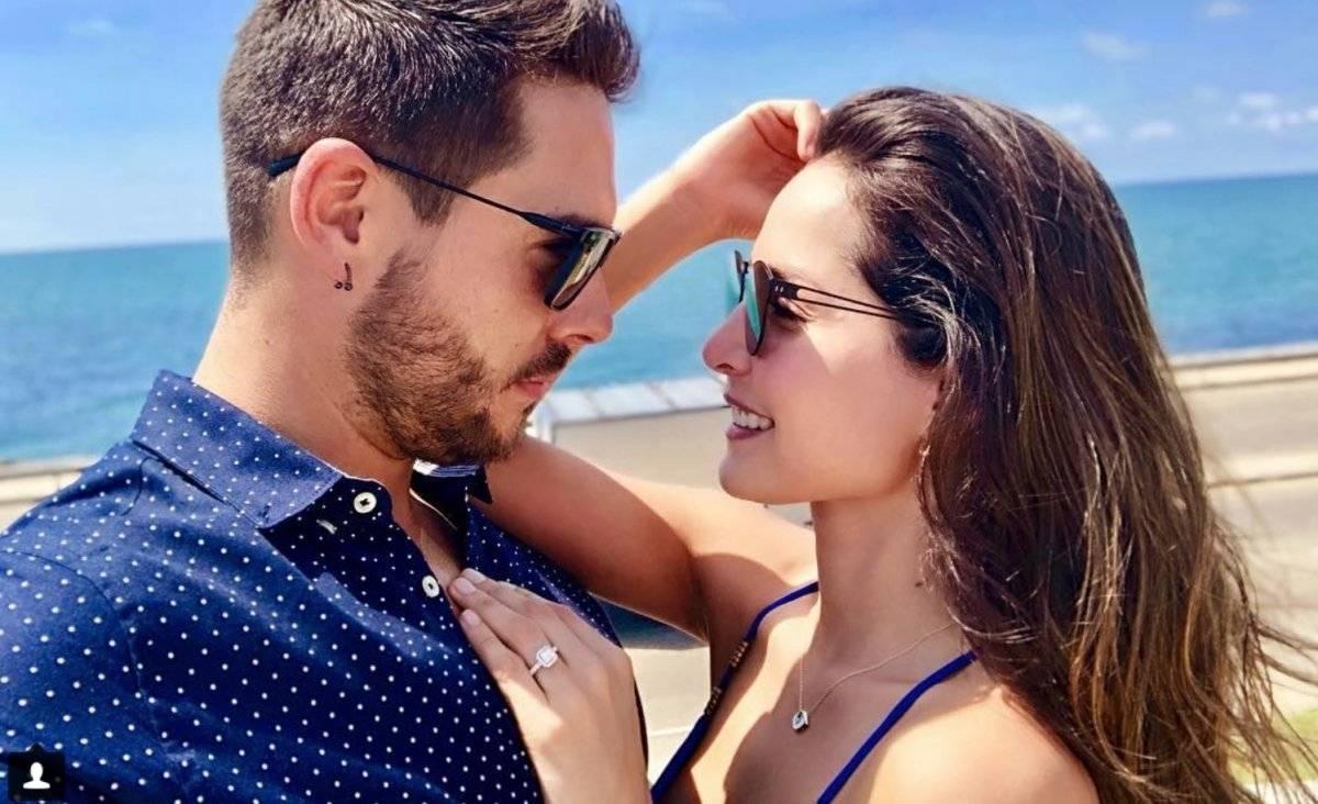 anillo de compromiso que le dieron a Carmen Villalobos