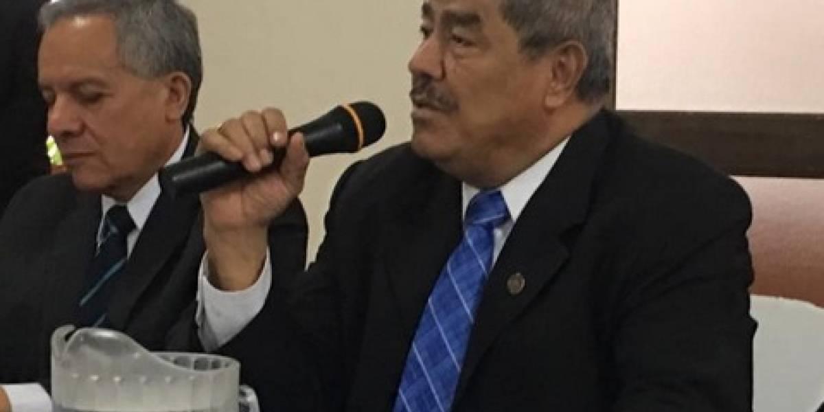 """""""El poder es lo que menos me preocupa"""", Carlos Mencos, contralor general"""