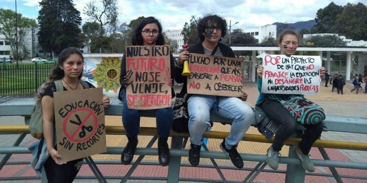 Estudiantes colombianos utilizan memes para protestar por la educación pública