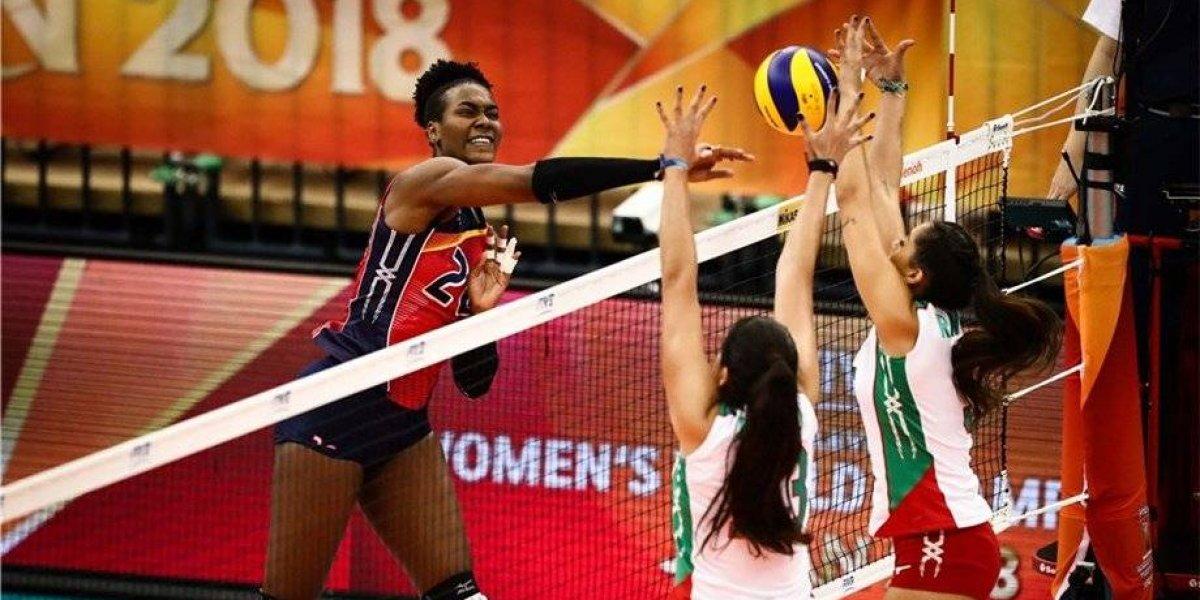 Selección femenil de voleibol vuelve a perder y queda eliminada del Mundial