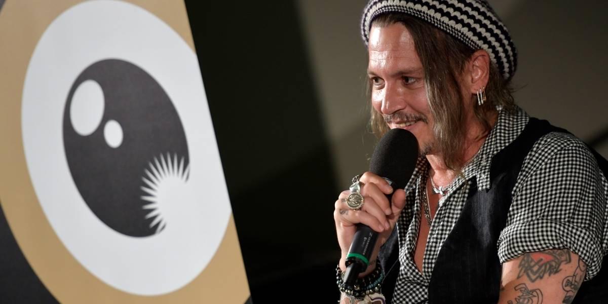 Johnny Depp conta causos e fala de Piratas do Caribe: 'o capitão Jack nasceu na sauna'