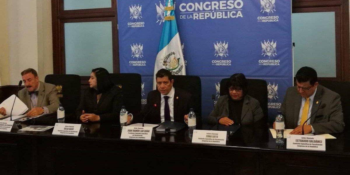 Diputados presentarán denuncia penal por supuesta sobrevaloración en compra de edificio del Ministerio Público