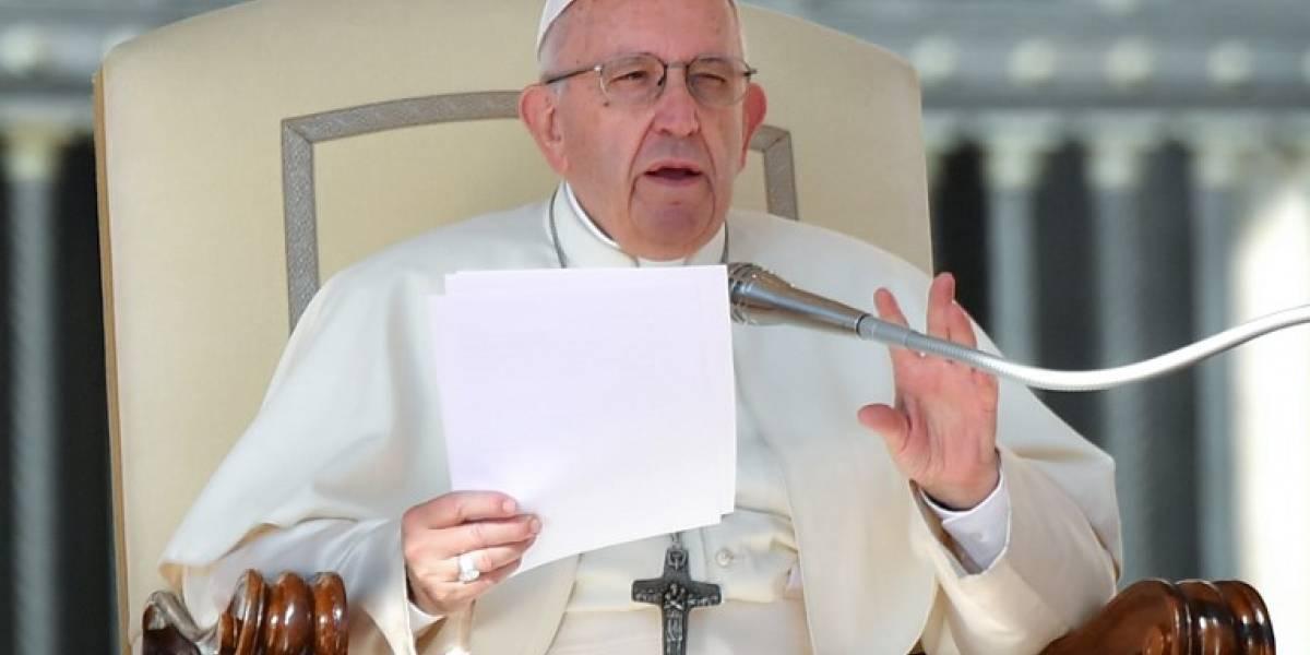 """El Papa compara el aborto con """"contratar a un sicario"""""""