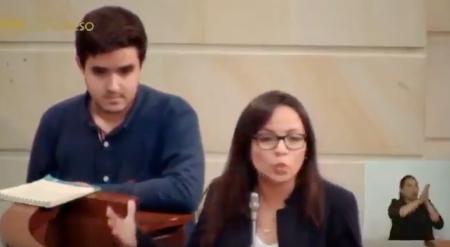 Estudiantes en el Senado