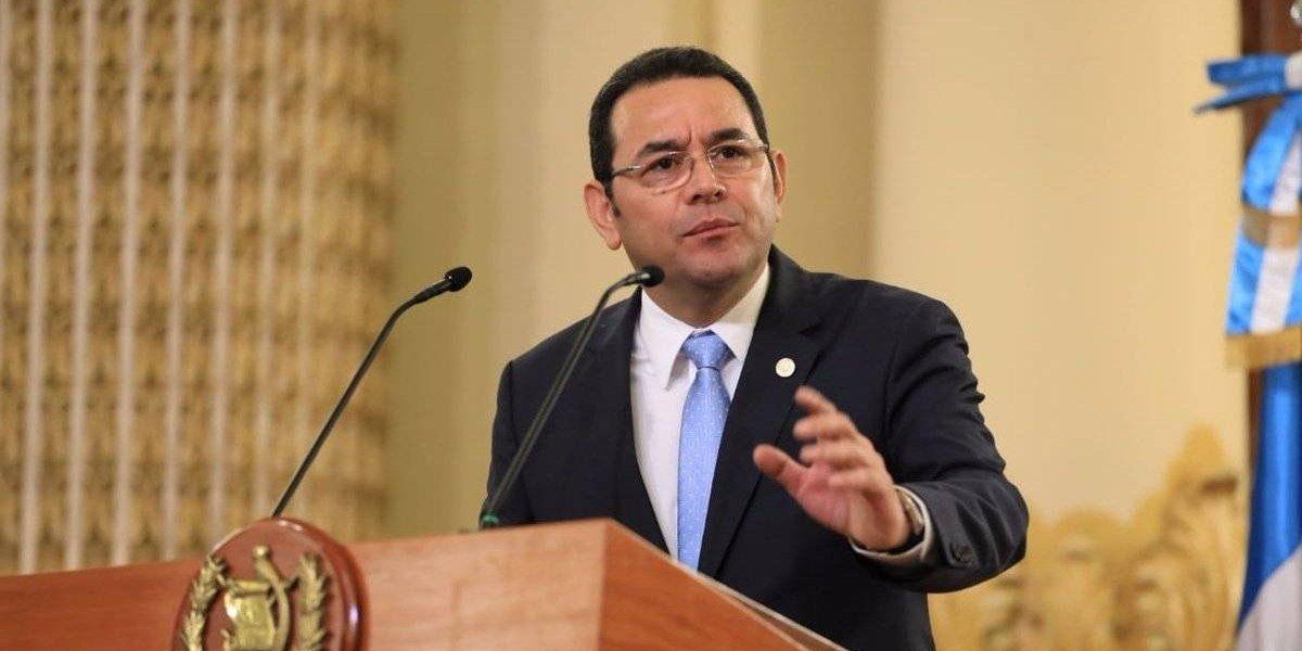 Presentan amparo ante la CC en contra del presidente Jimmy Morales