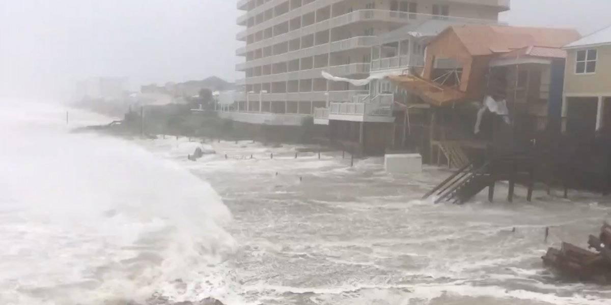 Comienzan a sentirse los fuertes vientos de Michael en Florida