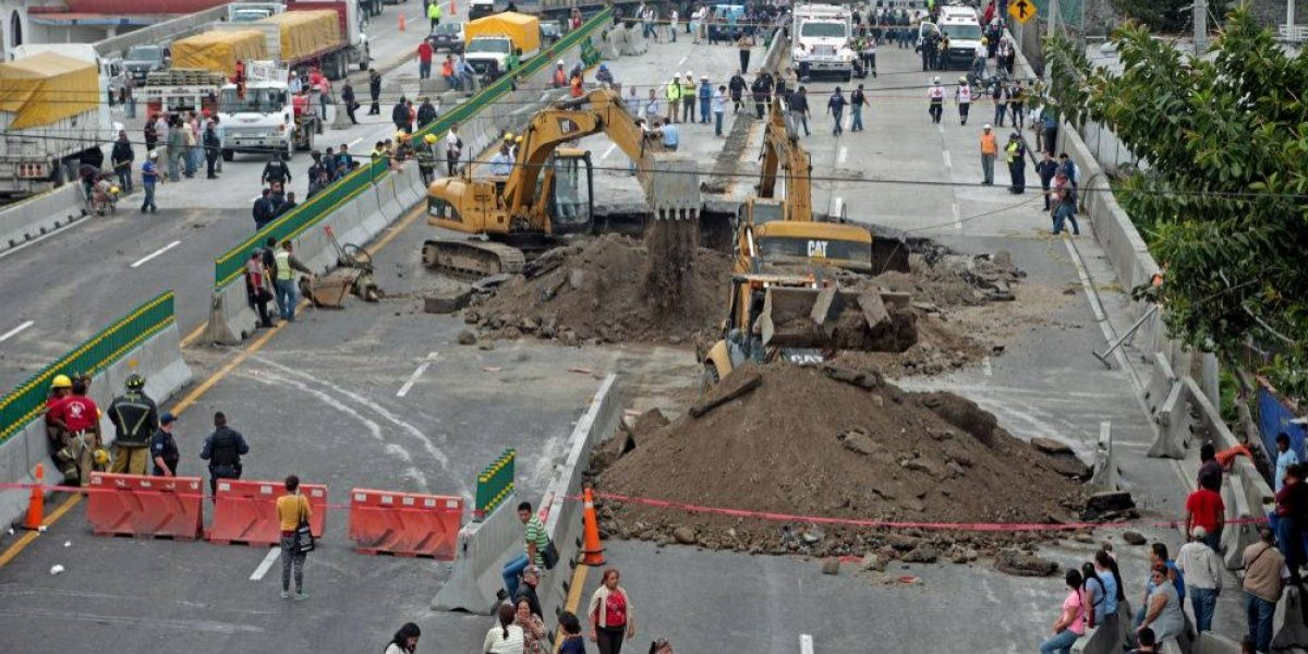 SCT es la principal responsable del socavón en el Paso Exprés: CNDH