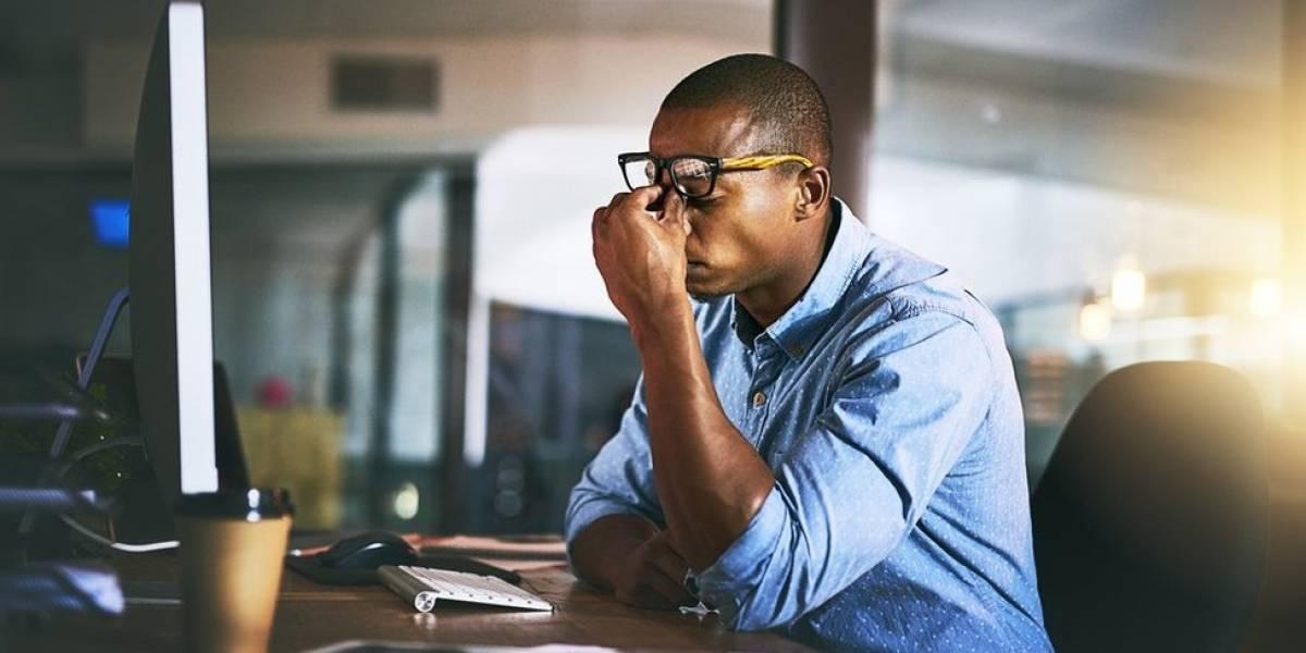 Los verdaderos efectos (para tu salud y tu productividad) de trabajar muchas horas al día
