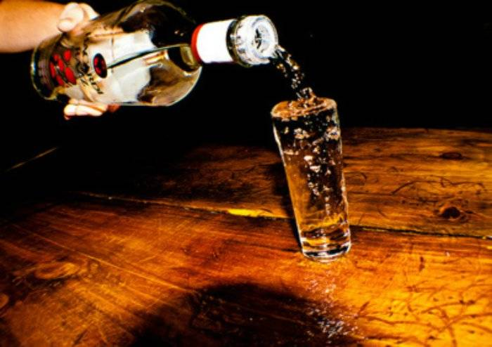 alcoholbeerchampagneclassycocktailfavimcom176221-c80166455dead6ca1f6aede275e1e625.jpg