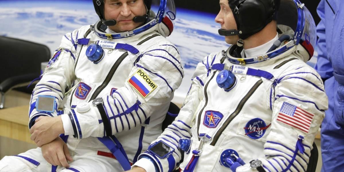 Astronautas de EEUU y Rusia realizan aterrizaje de emergencia