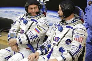 Los astronautas que iban a la EEI
