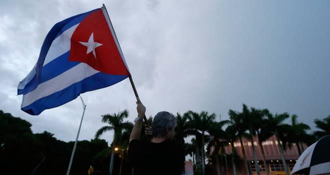 banderacubanaeneeuudest-d1ea7dbb219cba29d545af6a92ee4c02.jpg