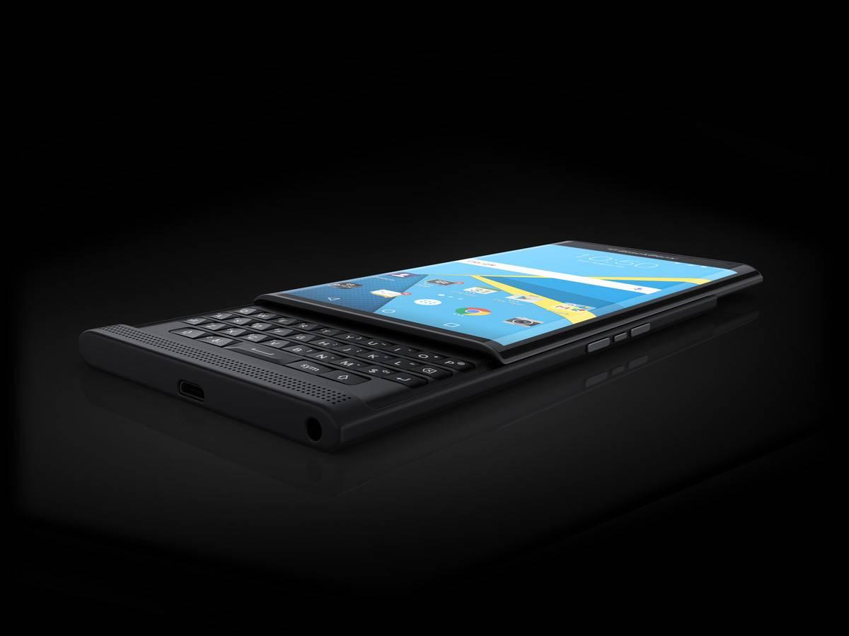 blackberryprivsideviewpress1-c1f382f7e8640b58ca65f7f6bc34cae0.jpg
