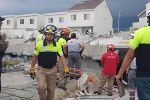 Se derrumba obra en Monterrey