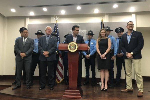 Maestros, policías y personal de manejo de emergencias podría beneficiarse de este incentivo. Ronald Ávila Claudio