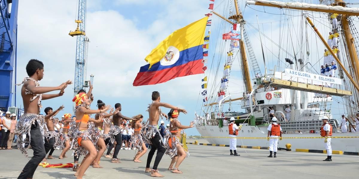 Por primera vez el buque Gloria llega al Malecón del Río en Barranquilla