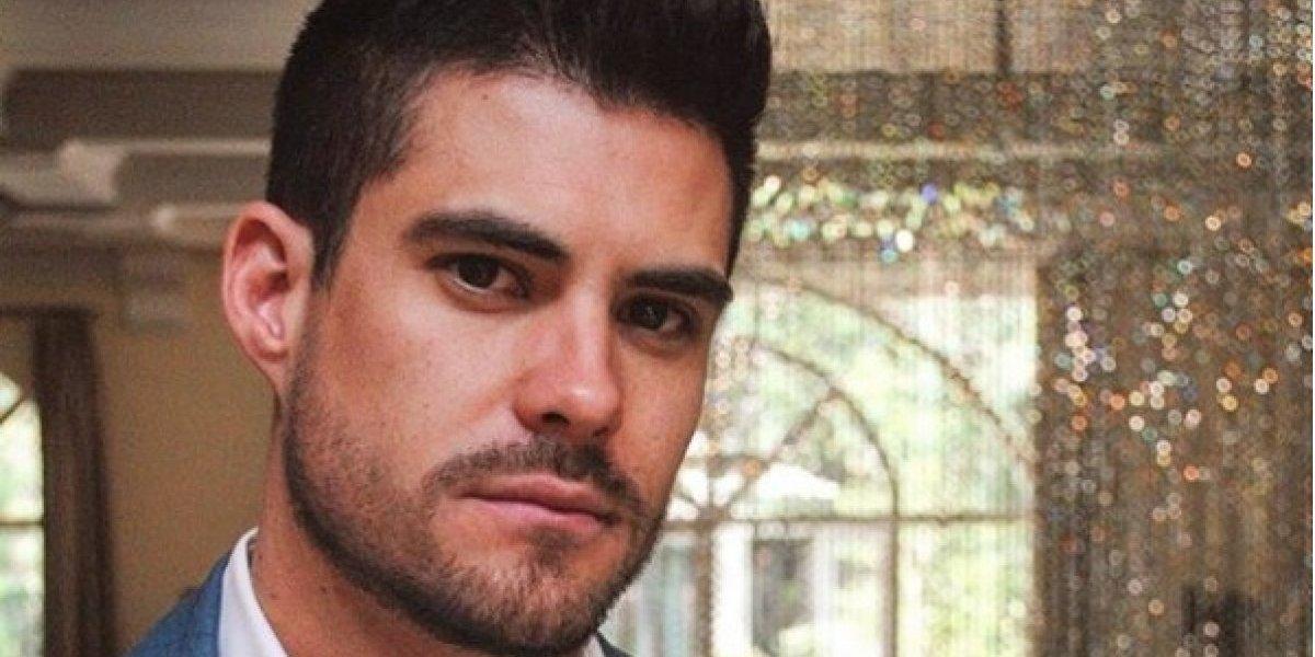 Galán de telenovelas Erik Díaz posa desnudo y sin censura muestra todo