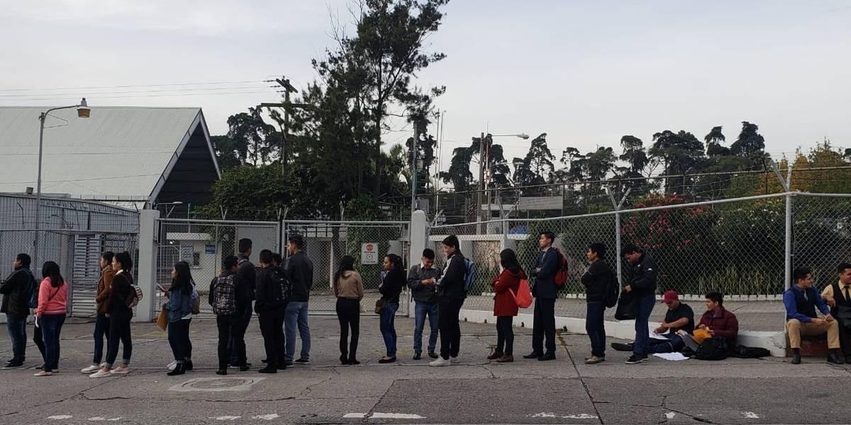 Ofrecen 12 mil plazas en feria de empleo para vacacionistas