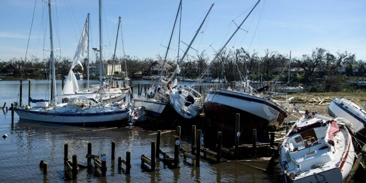 Múltiples destrozos y 11 víctimas mortales dejó el poderoso huracán Michael
