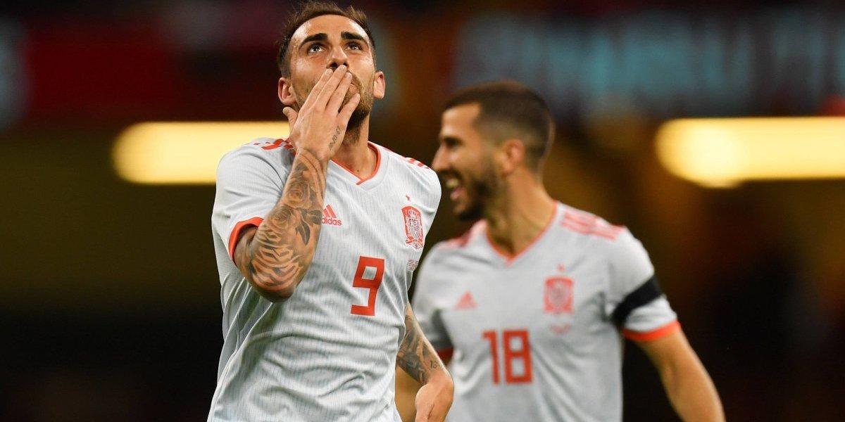 Con doblete de Alcácer, España golea a Gales