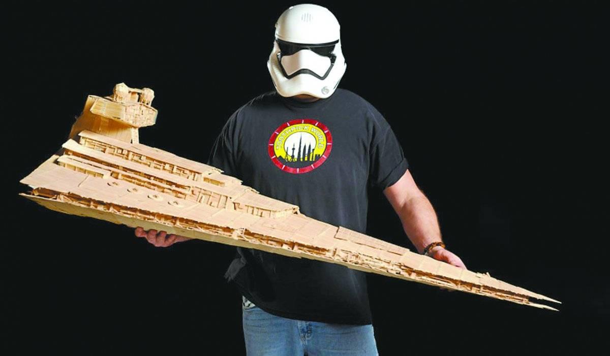 A maior escultura de palitos de dentes de Star Wars