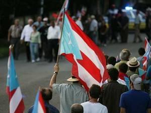 puertoricoprotestacontrafbi300x224-ed0838b7d83534513117238119d47741.jpg