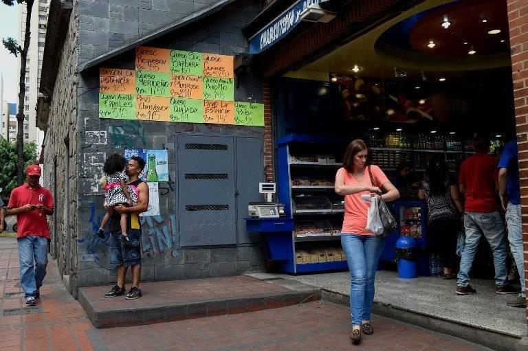 Nicolás Maduro aumenta el salario mínimo