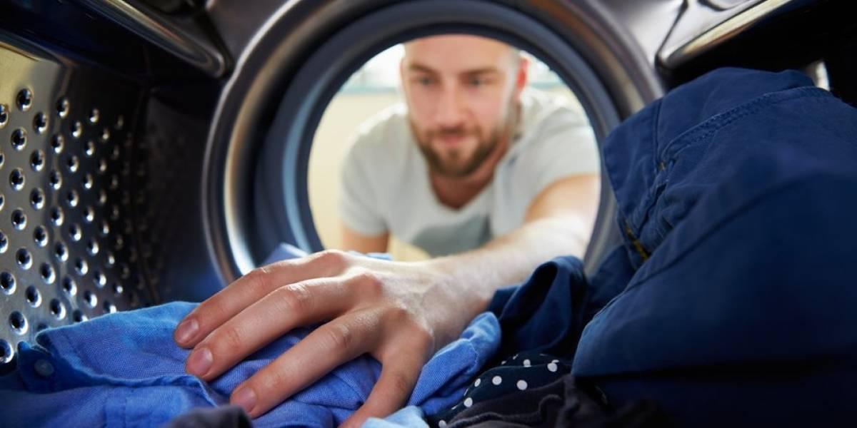 Por que podemos estar agravando a poluição por plástico nos oceanos ao lavar roupa
